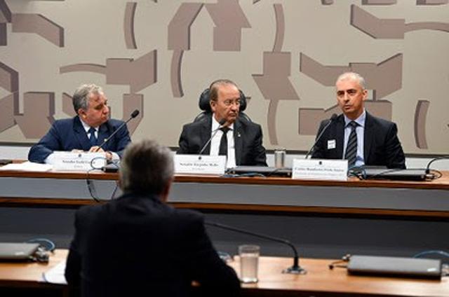 Procurador fala na CPI do Senado sobre seguro das vítimas da Chapecoense