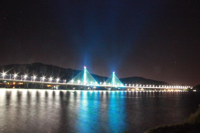 Melhorias vão interromper faixa de rolagem na Ponte Anita Garibaldi