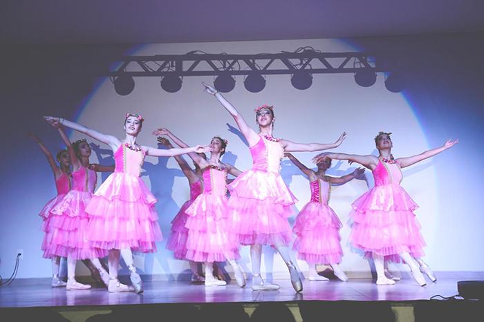 Música e dança encantam público da 1ª Mostra Cultural de Içara