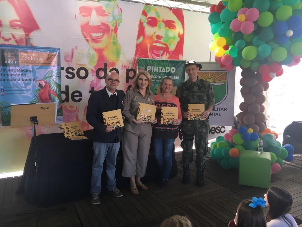 Museu de Zoologia lança obra infantil na Feira do Livro
