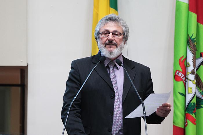 Emendas à LDO garantem recursos para agricultura familiar, apicultura e água