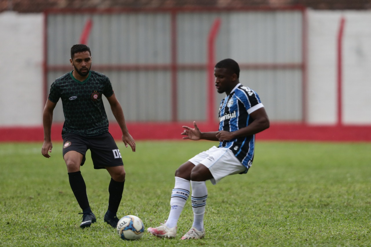Próspera empata em zero a zero no jogo-treino diante do Grêmio Portoalegrense