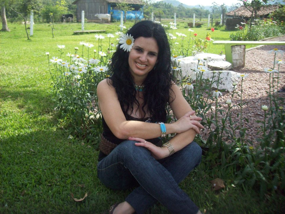 Psicoterapeuta de Criciúma precisa urgente de R$ 130 mil para cirurgia oncológica