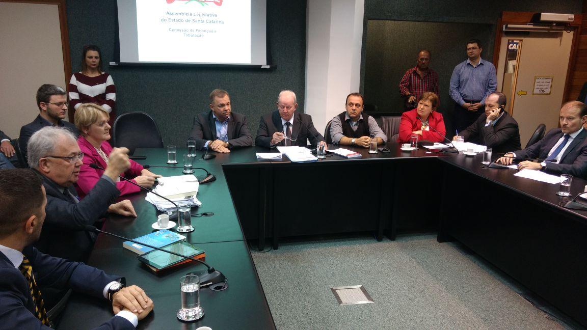 Projeto que institui a RMF é suspenso por prefeitos