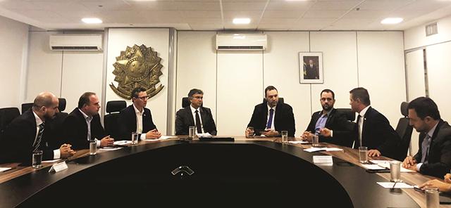 Esmeraldino participa de audiência com Ministro do Planejamento