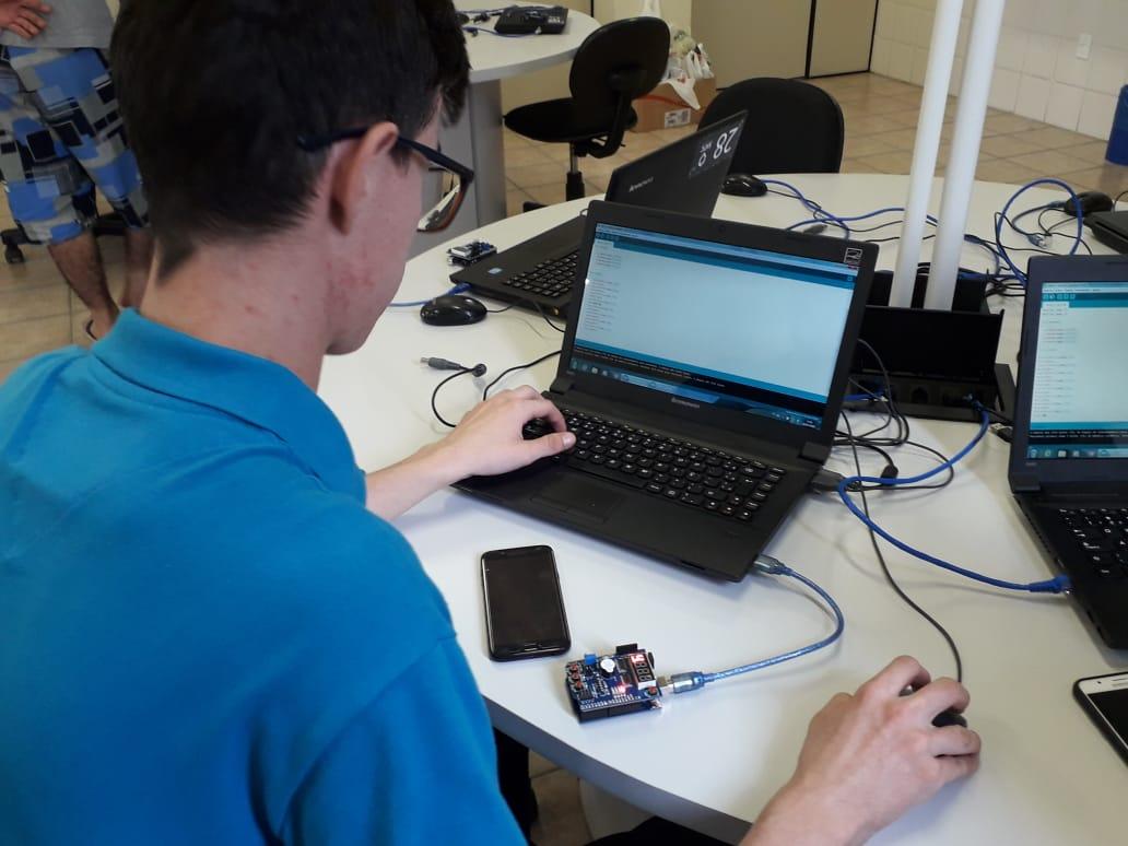 Acadêmicos da UniSatc participarão do 'Arduino Day' em Criciúma