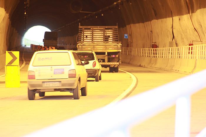 Saiba como agir quando houver pane em veículos nos tuneis