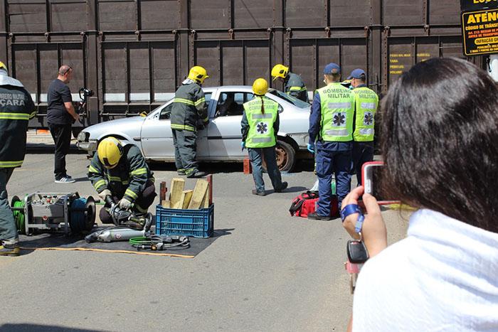 Simulação de acidente de trem mobiliza entidades em Içara