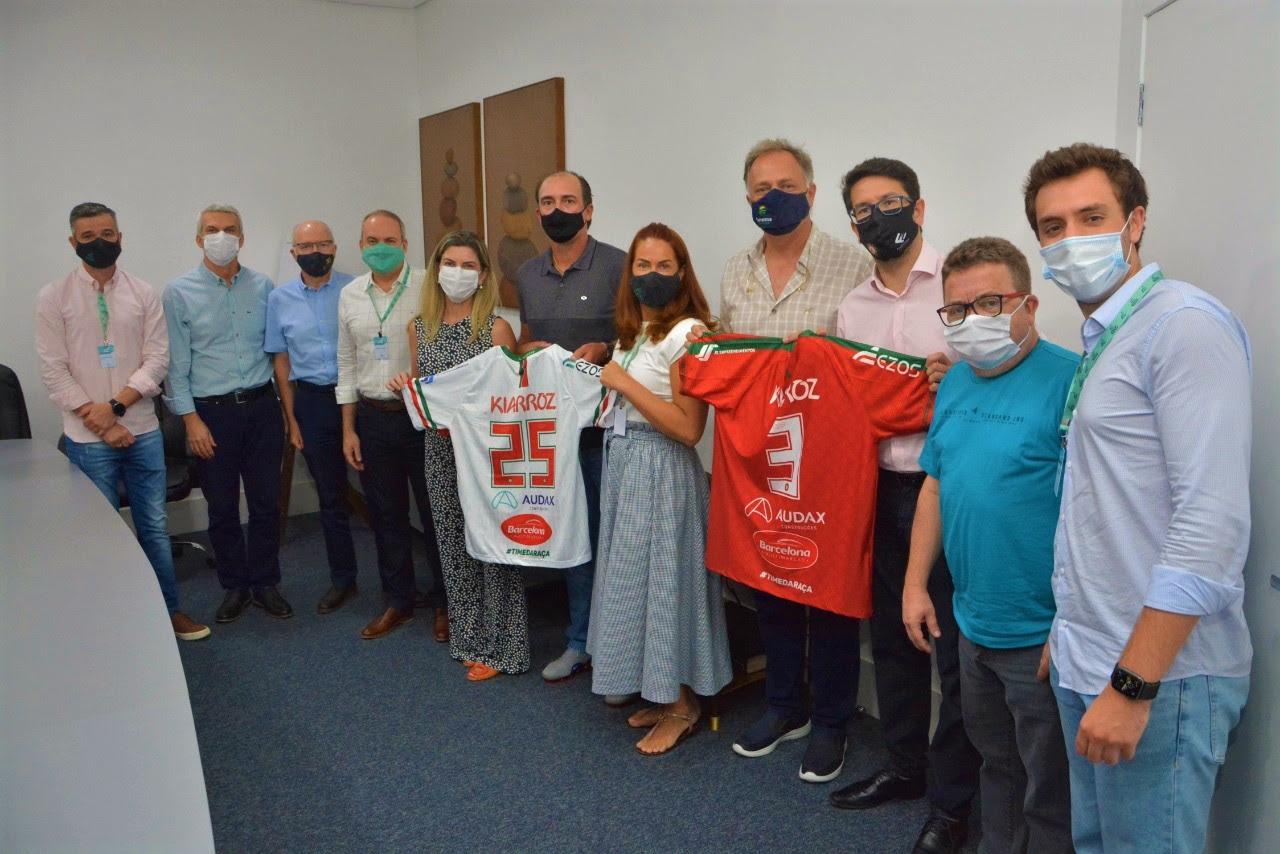 Time da Raça recebe apoio do Grupo EZOS, Kiarroz e JS Empreendimentos