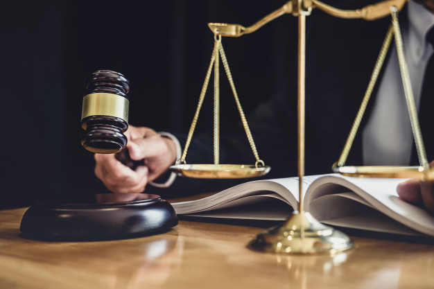 TJ confirma pena de 42 anos para pai que torturou filha pelo tom de pele