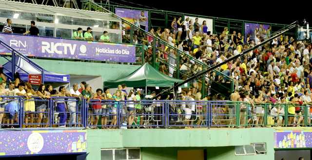 RICTV vai transmitir o desfile das escolas de samba da Grande Florianópolis