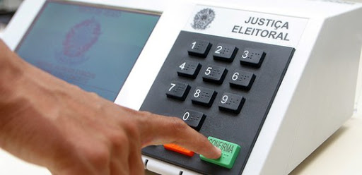Candidato a prefeito em Brusque é multado por propaganda eleitoral antecipada