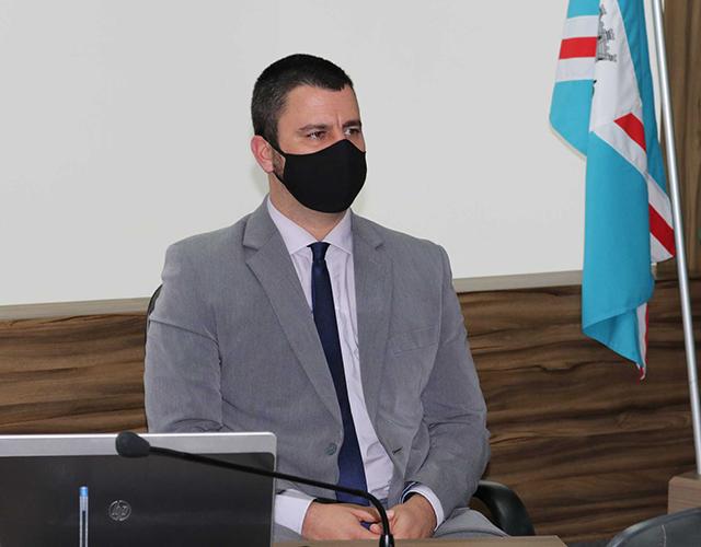 Vereador Alex Michels indica ao Executivo a construção de um lago artificial