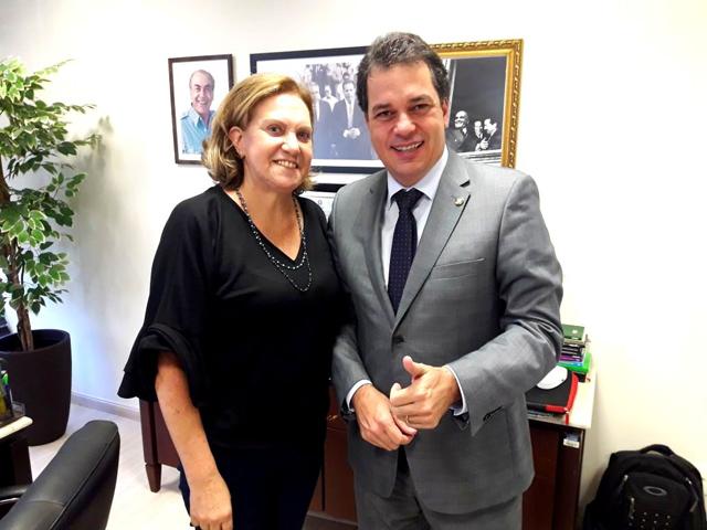 Minotto anuncia filiação ao PDT da ex-candidata a prefeita de Meleiro