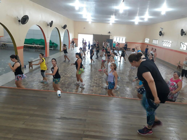 Aulas de Zumba têm início em Urussanga