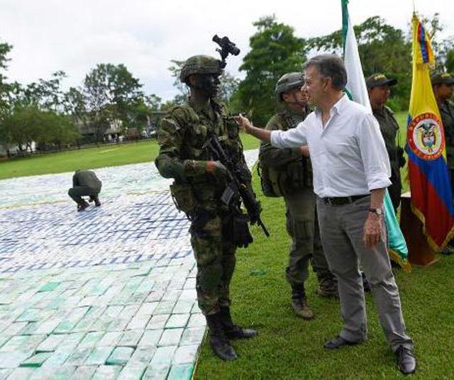 Colômbia faz apreensão recorde de 12 toneladas de cocaína