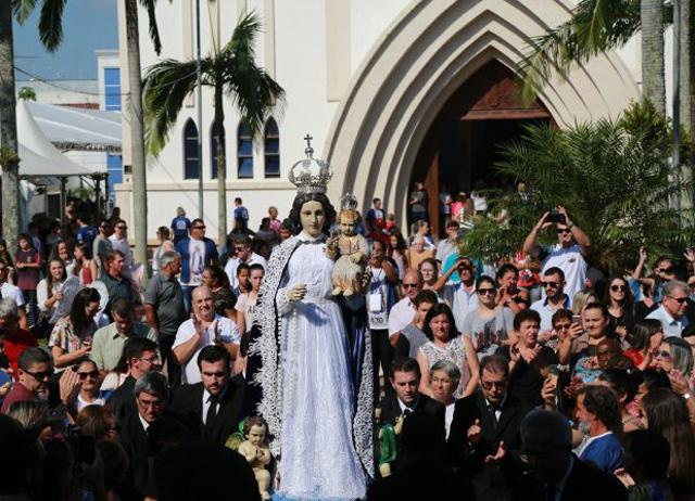 Governador participa de celebração religiosa em Araranguá