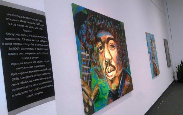 Artista içarense expõe no Nações Shopping