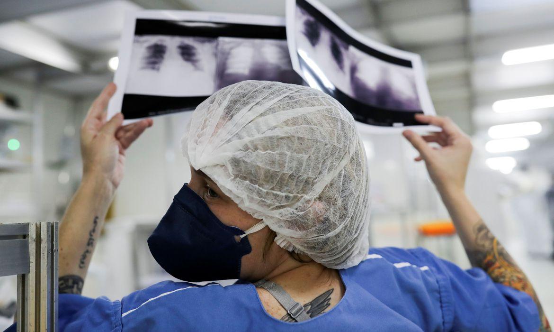 Coronavírus (covid-19): Brasil registra 42,7 mil mortes e 850,5 mil pessoas infectadas