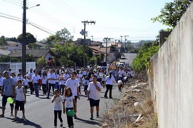 Antônio Colonetti promove mais uma Caminhada pela Paz