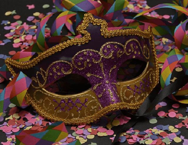 Carnaval: 40% dos ingressos devem ser para a meia-entrada