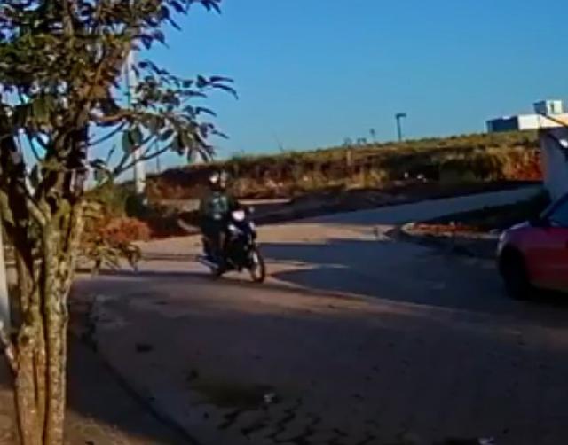 Circuito residencial de câmera aponta criminoso no Tereza Cristina