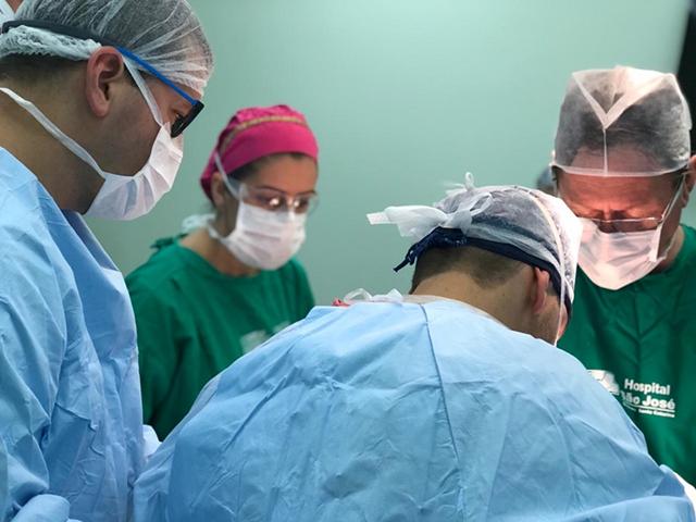 HSJosé recebe um dos mais importantes nomes da cirurgia de quadril do País, para auxiliar em procedimento