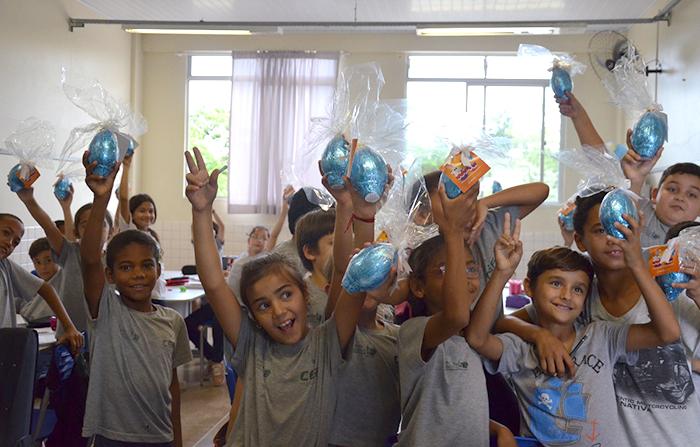 Parceiros colaboram com a Páscoa no Bairro da Juventude