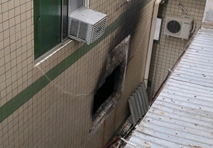 Prédio é evacuado no Centro de Içara após incêndio em sala comercial