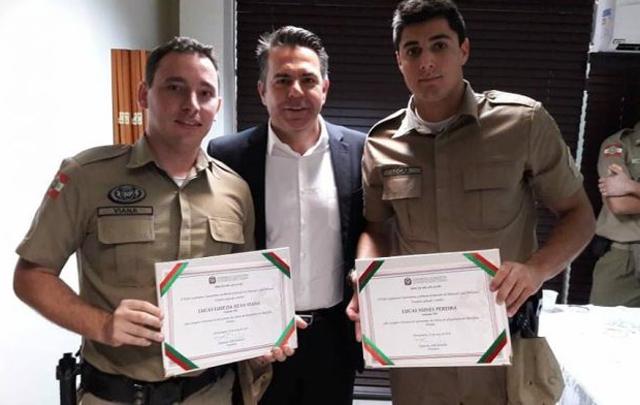 Lucas Viana e Lucas Pereira recebem moção por bravura