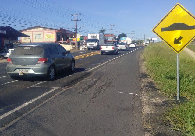Atenção motoristas com as lombadas na Rodovia SC-445