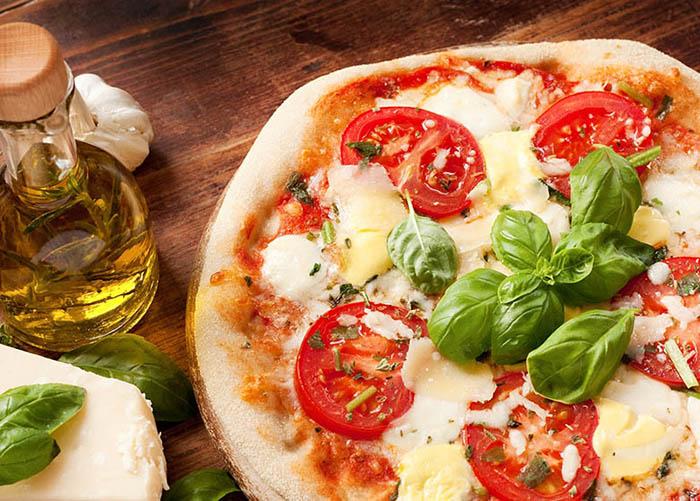 Pizza... com recheio por favor