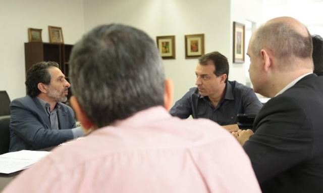 Governador eleito divulga nomes da equipe de transição