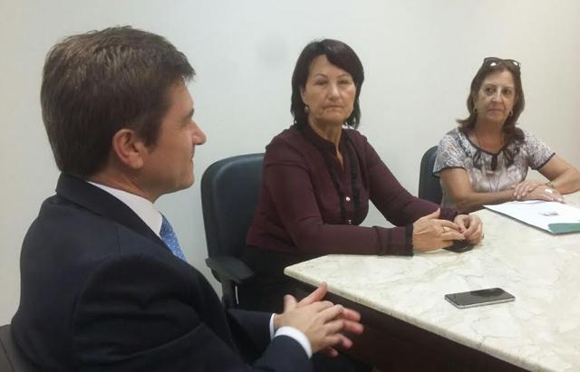 Vice-prefeita de Cocal encaminha solicitações na Defesa Civil
