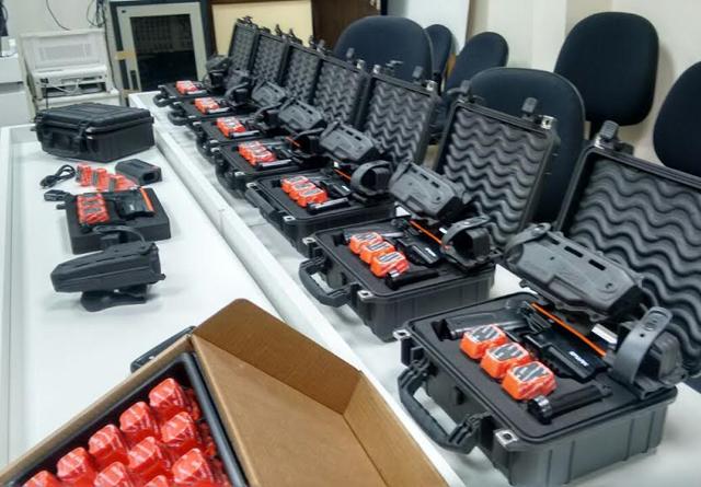 PM de Araranguá recebe equipamentos não-letais
