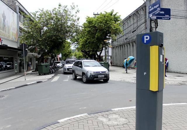 Controle de estacionamento rotativo será reativado