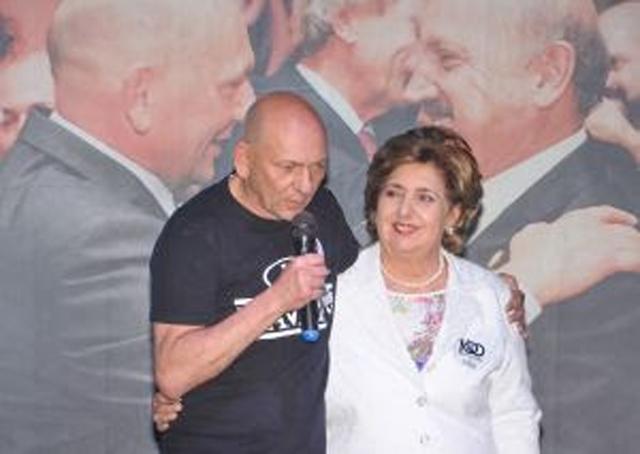 Havan homenageia esposa do ex-governador de SC