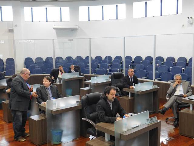 Vereadores elogiam trabalho da Secretaria de Obras