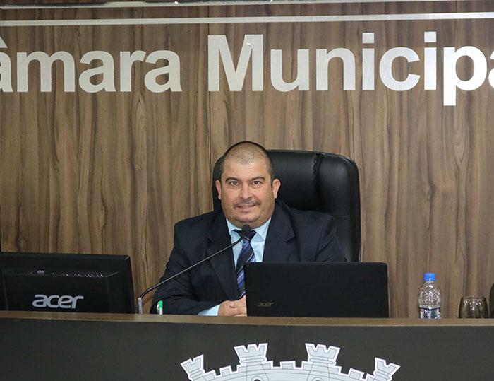 Presidente do Legislativo içarense indica melhorias na infraestrutura