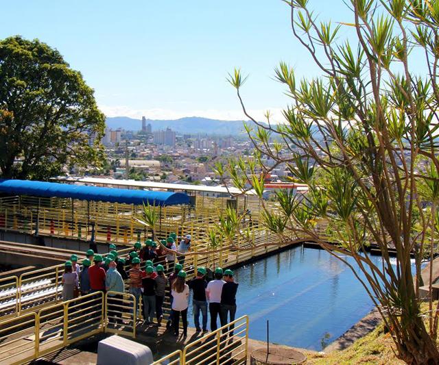 Acadêmicos visitam Estação de Tratamento de Água