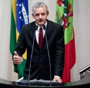 Dresch critica duramente decreto de Temer para facilitar privatizações