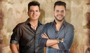 Show da dupla João Neto & Frederico abre 2º Natal Encantado de Jacinto Machado