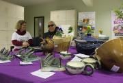 Integrantes do Cerâmica além da visão expõem trabalhos