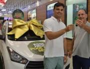 Criciumense ganha segundo carro na promoção do Shopping Della