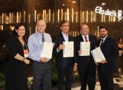 CCB entrega certificado de qualidade às fábricas do Grupo Elizabeth