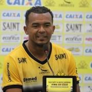 Zé Carlos é punido com dois jogos