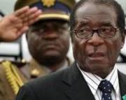 Mugabe renuncia à Presidência do Zimbábue após quatro décadas no poder