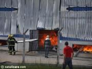 Copos produzidos para o Lollapalooza são destruídos junto com fábrica