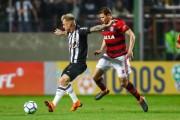 Árabes querem tirar Róger Guedes do Atlético Mineiro