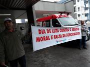 Trabalhadores protestam no São José por mais funcionários